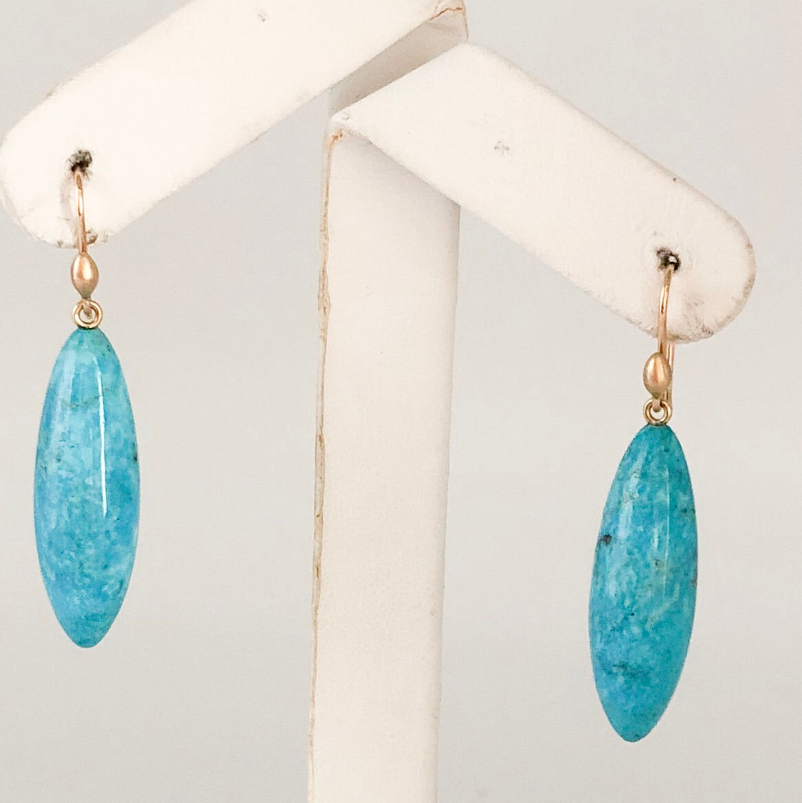 Designer Ted Muehling 18K Yellow Gold Blue Turquoise Torpedo Earrings CE0019