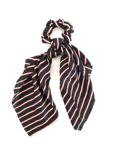 Scrunchie-Stripe in Black