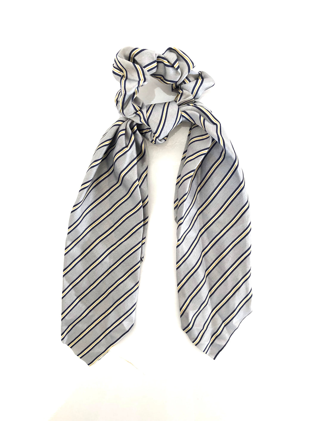 Scrunchie-Stripe in Grey