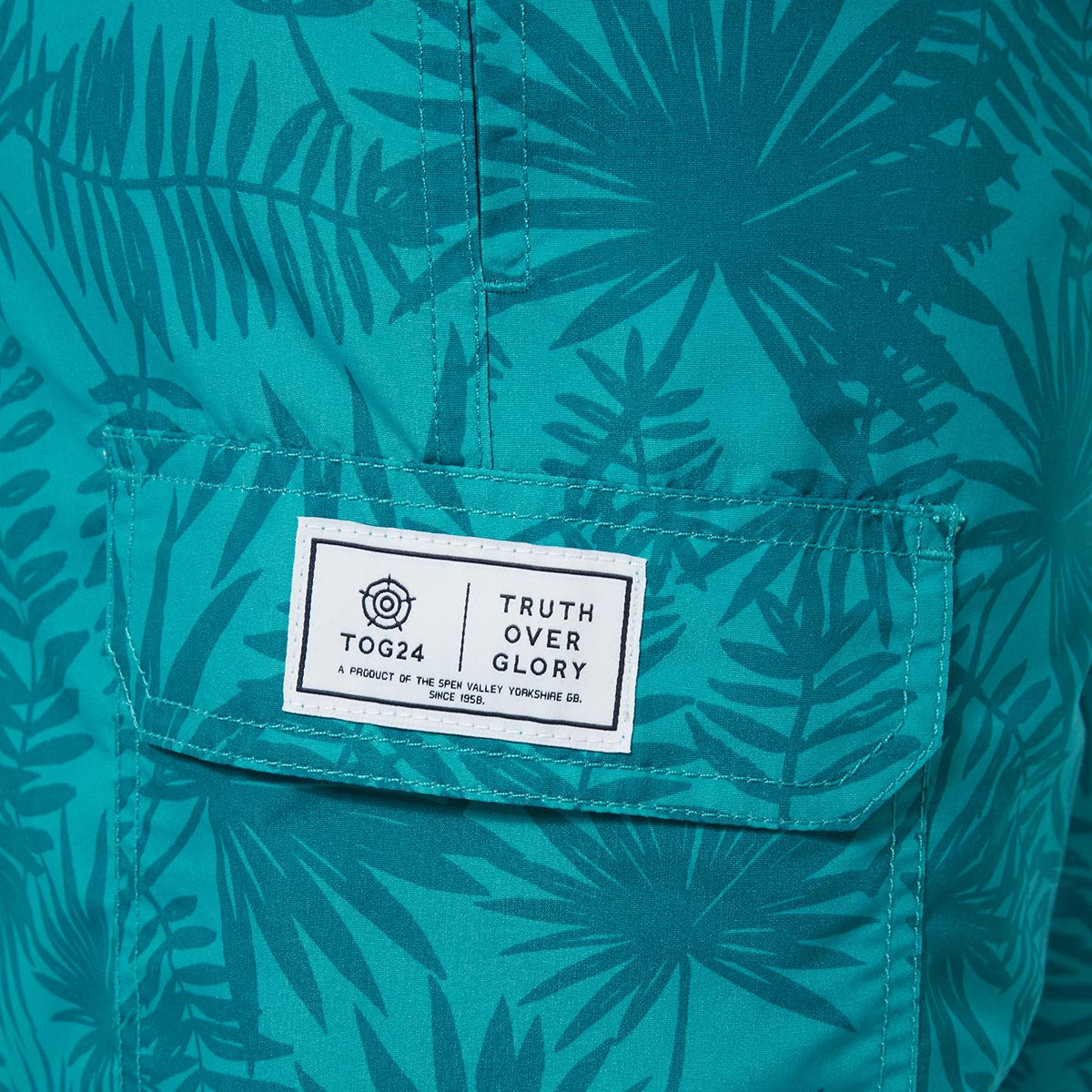 Pacific Mens Boardshorts - Blue Jewel Print image 4