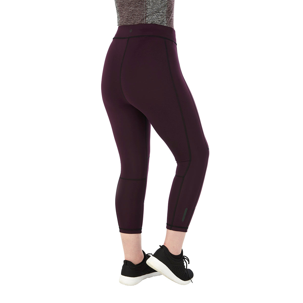 Raid Womens Reversible Performance Capris - Deep Port/Black image 4