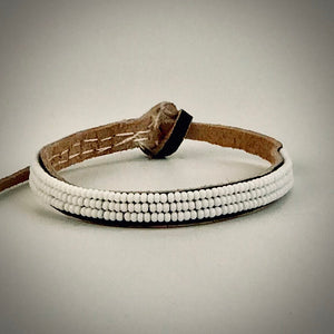 Armband one color white