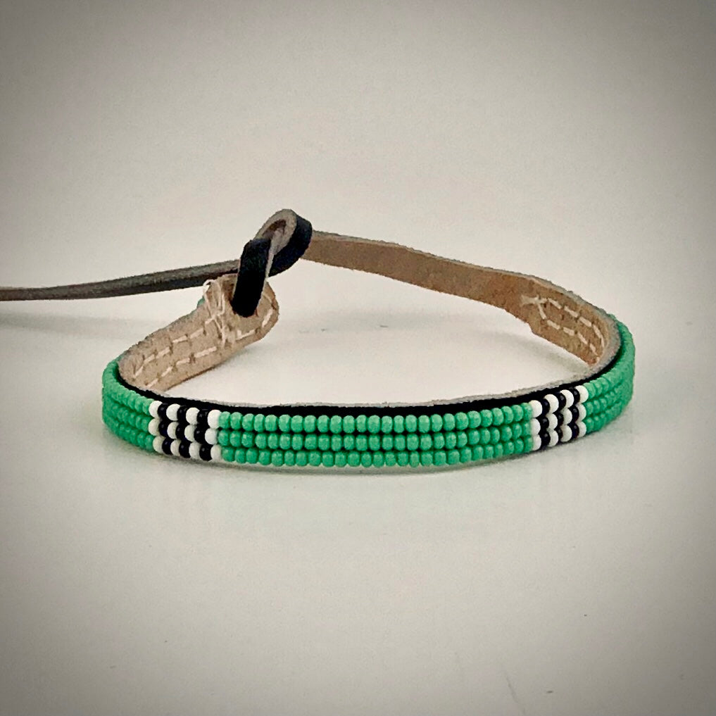 Armband light green and white/black