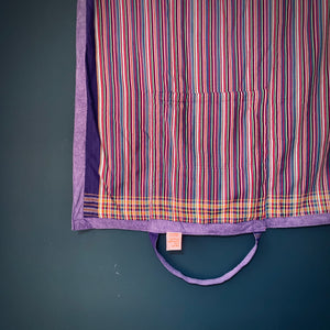 MagicBeachBag -muilticolor stripes / purple towel