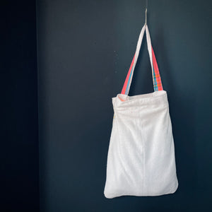 MagicBeachBag -white with pink / white towel