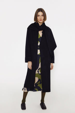 Wrap coat with attached scraf in navy