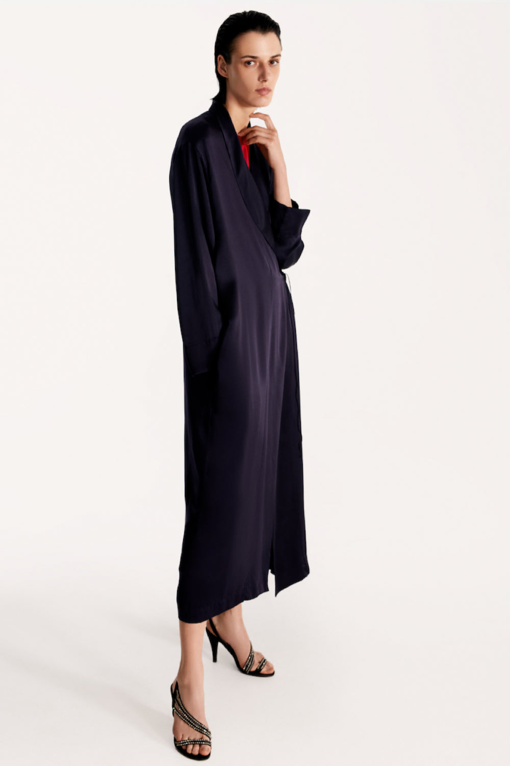 Peignoir style silk robe in navy
