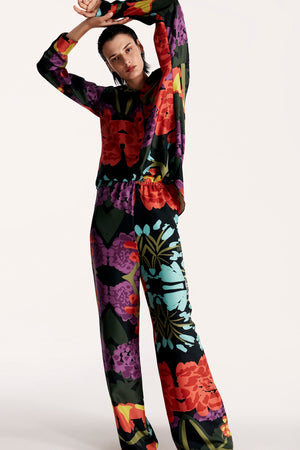 Women pajama lightweight shirt in floral black