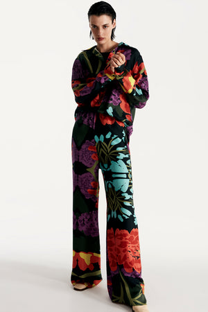 Women pajama fluid pant in floral black