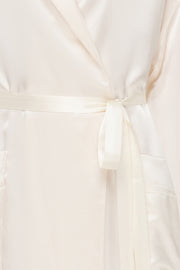 Basic silk robe in white