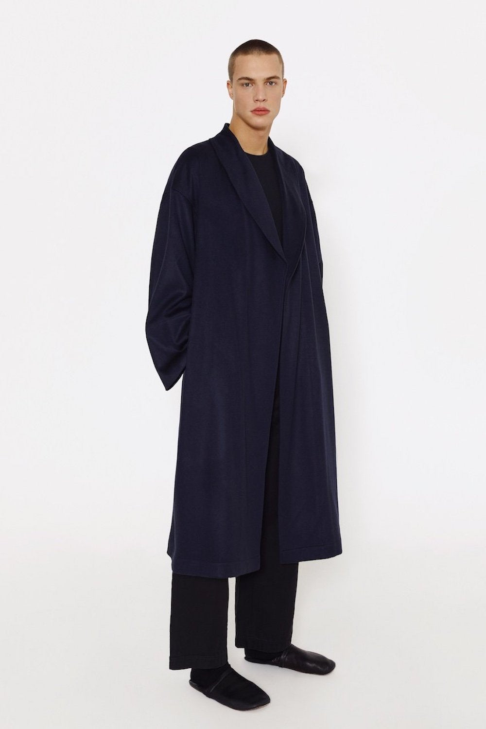 Eco-cashmere men wrap coat in navy
