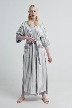 Halos Robe in Dusted Lines on White