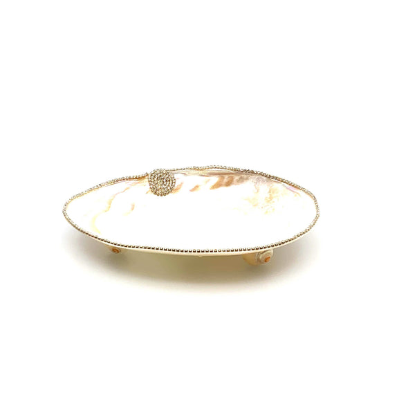 Home Clam Dish with Pearl Shell Feet