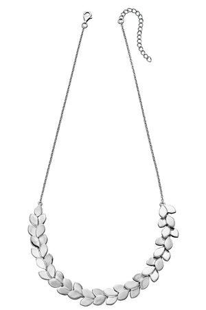 Statement overlapping leaf necklace