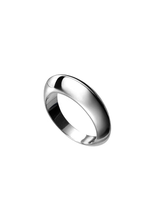 heavy domed ring with ridge
