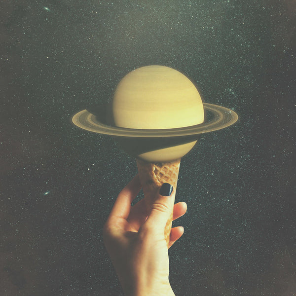 Saturn Cone by Christo Makatita