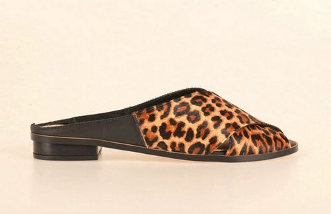 Brazilio KL3878734 Animal Slide TAN
