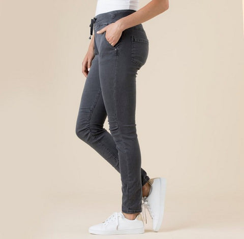 Threadz 36713 Tie Front Gathered Jean CHARCOAL