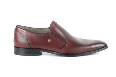 Winchester Perforated Dress Loafer BORDO