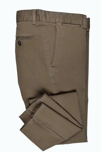 CANELIA SLIM STRETCH CHINO. KHAKI