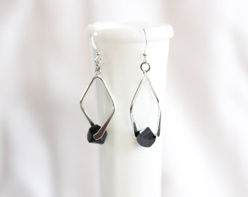 Twisted angle earrings - silver