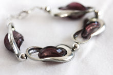 Load image into Gallery viewer, Pewter and glass twist bracelet