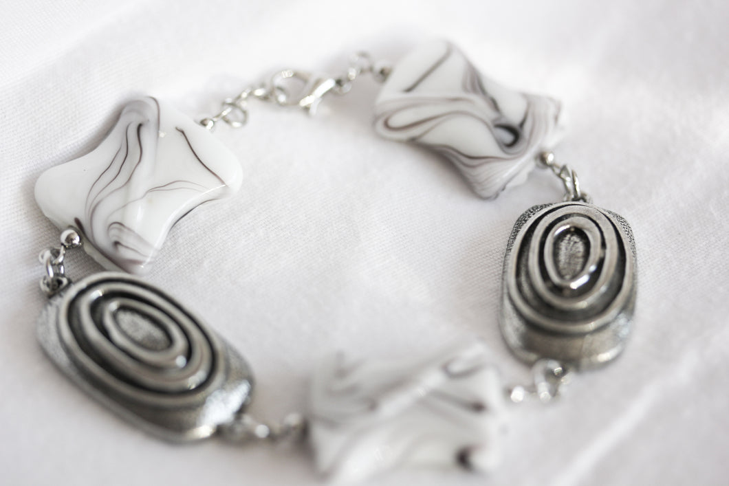 White ceramic twist bracelet