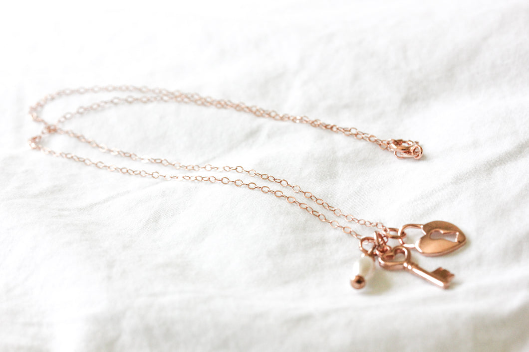Rose gold key to my heart pearl necklace