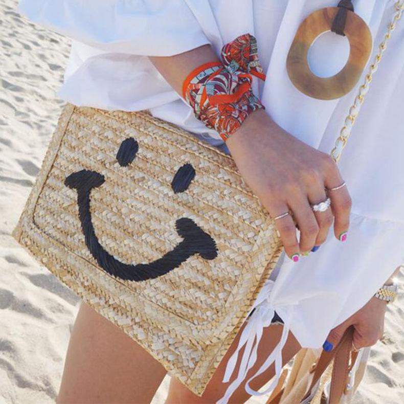 Smiley Hand With One Shoulder Straw Bag