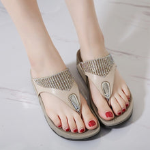 Load image into Gallery viewer, Comfortable Breathable Flat Sandals Crystal Casual Beach Sandals