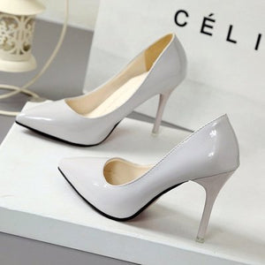 Pointed Toe Patent Leather Pumps - SaltyandCozy
