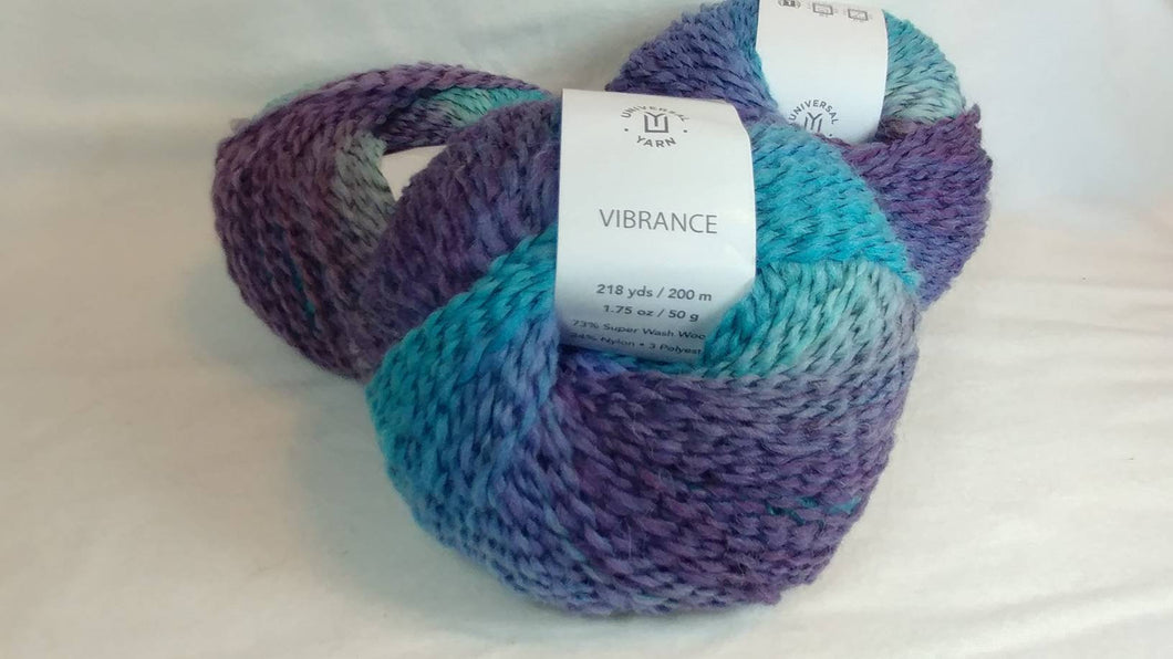 BLUE RASPBERRY BURST Colorway of Universal Vibrance Ball- #1 Super Fine  1.75oz/50g - 218 Yds/200m - 73%/24/3 Super Wash Wool/Nylon/Poly