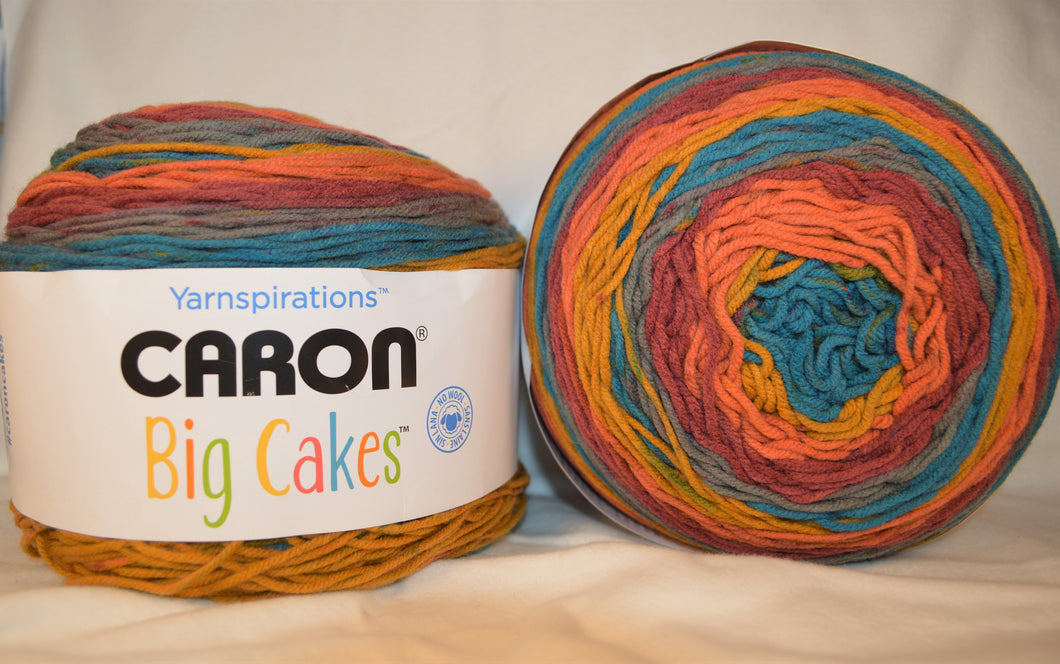 TOFFEE BRICKLE Caron BIG Cakes Yarn -  Big 10.3oz / 603 yards