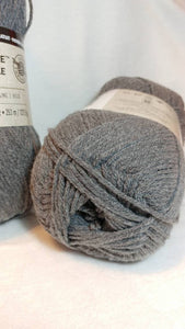 TRUE GRAY Impeccable Yarn by Loops & Threads - Worsted #4 - 277 yds / 4.5 oz - Acrylic