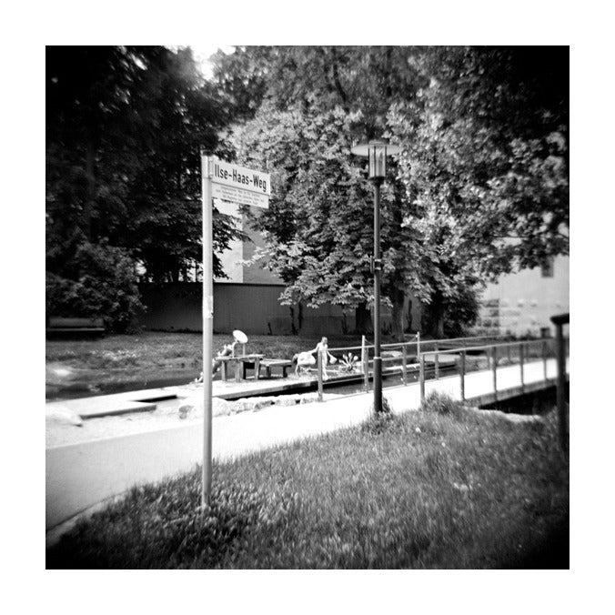 Museum Street Julia Blaukopf Black and white photography Gelatin Silver Print The print center made in Philadelphia trees city