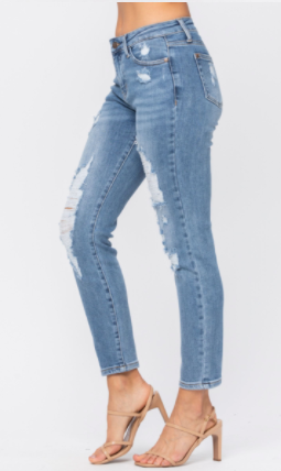 Judy Blue High Wasited Relaxed Mom Jean