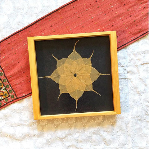 Handcrafted Square Serving Tray embellished with Dried Peepal Leaves (Blue )
