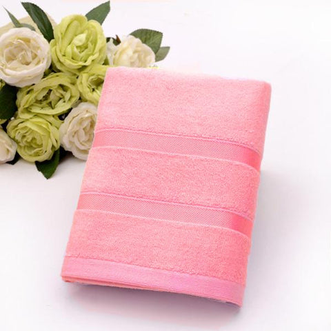 Ultra Soft, Absorbent and Anti Microbial 450 GSM Bamboo Bath Towel (Rose Red)