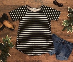 Black & White Short Sleeve Raglan Striped Casual Tunic