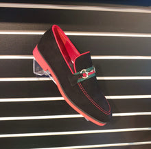 Load image into Gallery viewer, Nino Suede - Black & Red