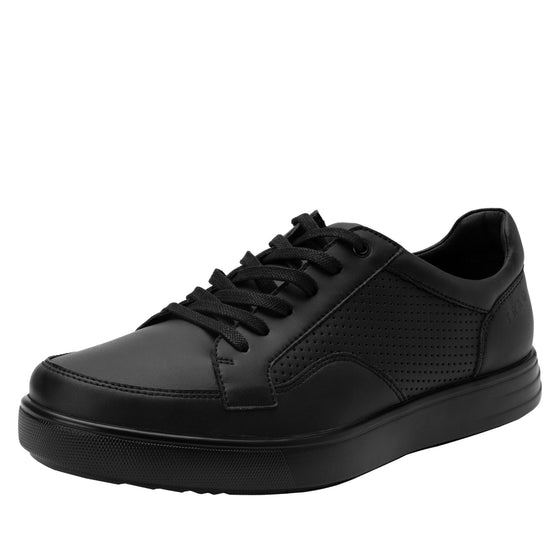 Baseq Black smart shoes with Q-chip™ technology. BAS-M7001_S1