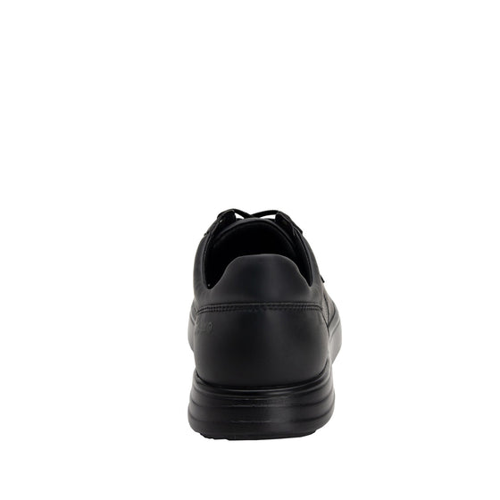 Baseq Black smart shoes with Q-chip™ technology. BAS-M7001_S3