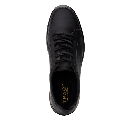 Baseq Black smart shoes with Q-chip™ technology. BAS-M7001_S4