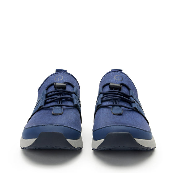 Cynch Indigo smart shoes with Q-chip™ technology. CYN-5431_S7
