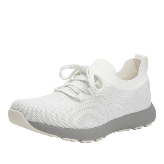 Froliq Zesty White smart shoes with Q-chip™ technology. FRO-5100-S1