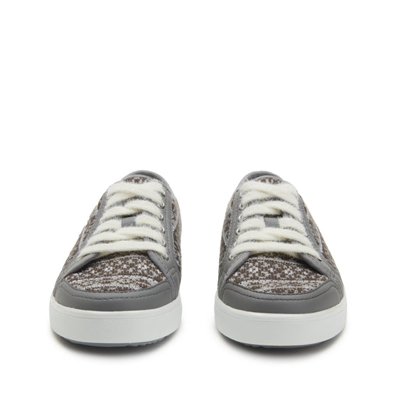 Lyriq Arctic Grey lace-up smart shoes with Q-chip™ technology. LYR-5098_S4