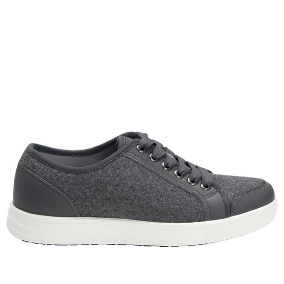 Lyriq Wooly Bully Grey lace-up smart shoes with Q-chip™ technology. LYR-5099_S2
