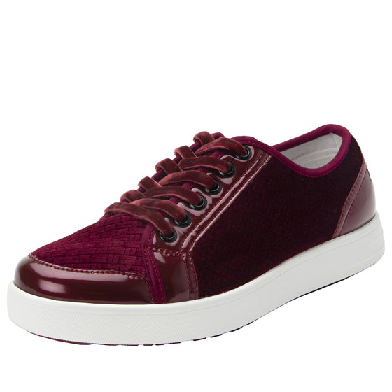 Lyriq Wine Velvet lace-up smart shoes with Q-chip™ technology. LYR-5609_S1