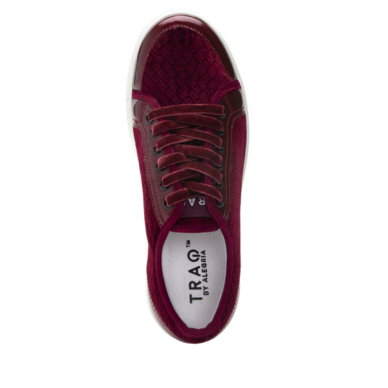 Lyriq Wine Velvet lace-up smart shoes with Q-chip™ technology. LYR-5609_S4