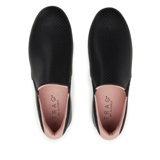 On-Q slip on style smart shoes with Q-chip™ technology. ONQ-5003_S5